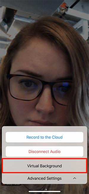 Cách đổi background trong Zoom trên điện thoại