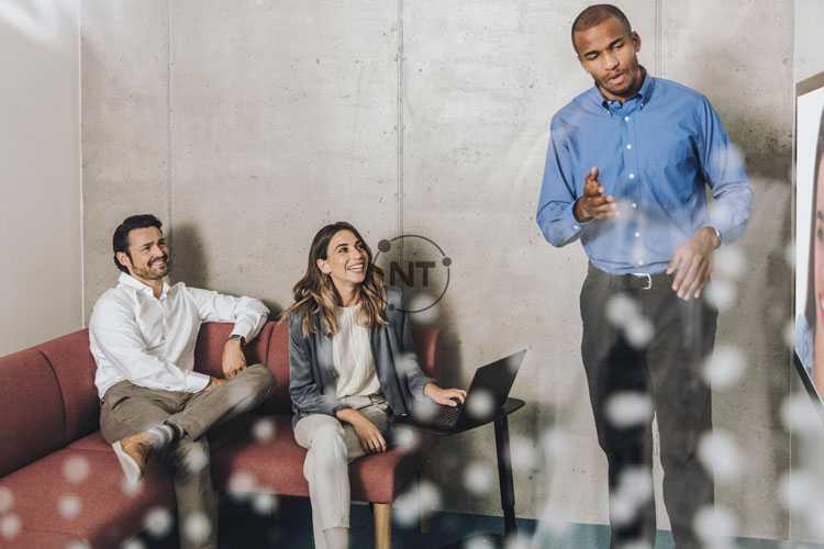 Trải nghiệm chất lượng video như nhau, dù là trò chuyện nhóm hay là phòng họp