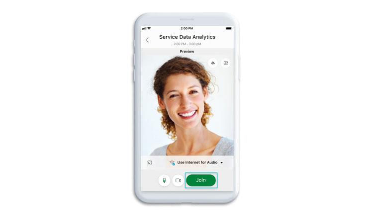 Nhấp vào Connect to a device để tham gia cuộc họp từ thiết bị video tương thích