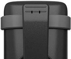 Kẹp thắt lưng ổn định để mang điện thoại khi di chuyển.