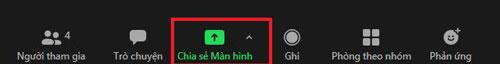 Tại giao diện của cuộc trò chuyện trên Zoom,chọn Chia sẻ màn hình để chia sẻ màn hình.