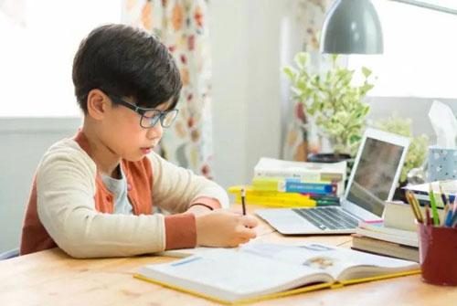 Xây dựng và giữ vững tinh thần tự giác, có động lực phấn đấu trong học tập