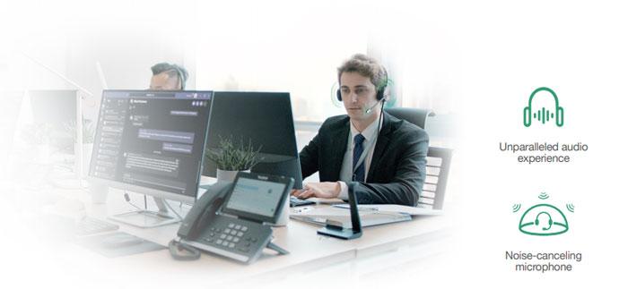 công nghệ Dynamic EQ và Wideband HD Audio cho phép xử lý âm thanh kỹ thuật cao