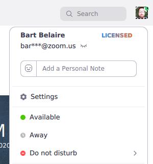 Nhấp vào ảnh hồ sơ của bạn rồi nhấp vàoCài đặt.