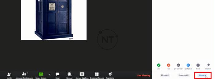 Trên giao diện màn hình Zoom, ở dưới góc phải của thanh điều khiển, chọnMore.